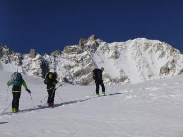 Raid à skis
